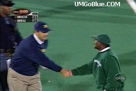 Lloyd Carr Handshake Controversy? Free Press Stirring Up Trouble 01 ummsu shake MSU Lloyd Carr Bobby Williams 2001