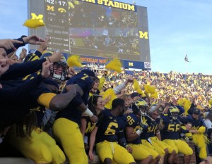 M FOOTBALL 2012: SEASON'S LAST HOME GAME PROVIDES THE FINAL OPPORTUNITY FOR 23 SENIORS TO ENJOY MICHIGAN STADIUM AND ITS ATMOSPHERE, WHILE OBTAINING A NEEDED WIN WOLVERINES 42, HAWKEYES 17. 2012 UMIowa post1 300x233 Devin Gardner Denard Robinson 2012