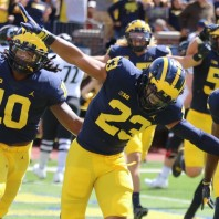 MICHIGAN FOOTBALL 2017-M OVERCOMES ERRORS AND CINCINNATI TO WIN 36 TO 14