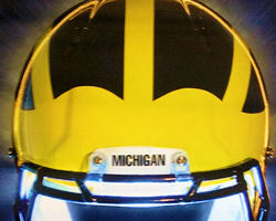 M Football 2011- WOLVERINE OFFENSIVE TO'S SQUANDER OPPORTUNITIES, RUN DEFENSE INCONSISTENT.  RESULT IS M-16, IOWA 24.