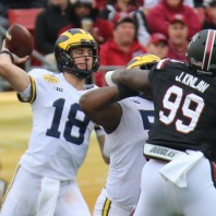MICHIGAN FOOTBALL 2018-FIVE MISCUES SINK OUTBACK BOWL, 19-26